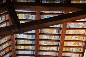 Die Decke der Kirche San Donato  Zum Vergrößern: Klick auf das Foto