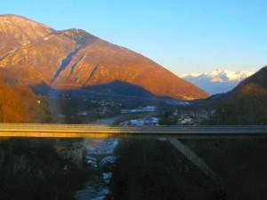 Blick von der Centovalli Bahn Zum Vergrößern: Klick auf das Foto