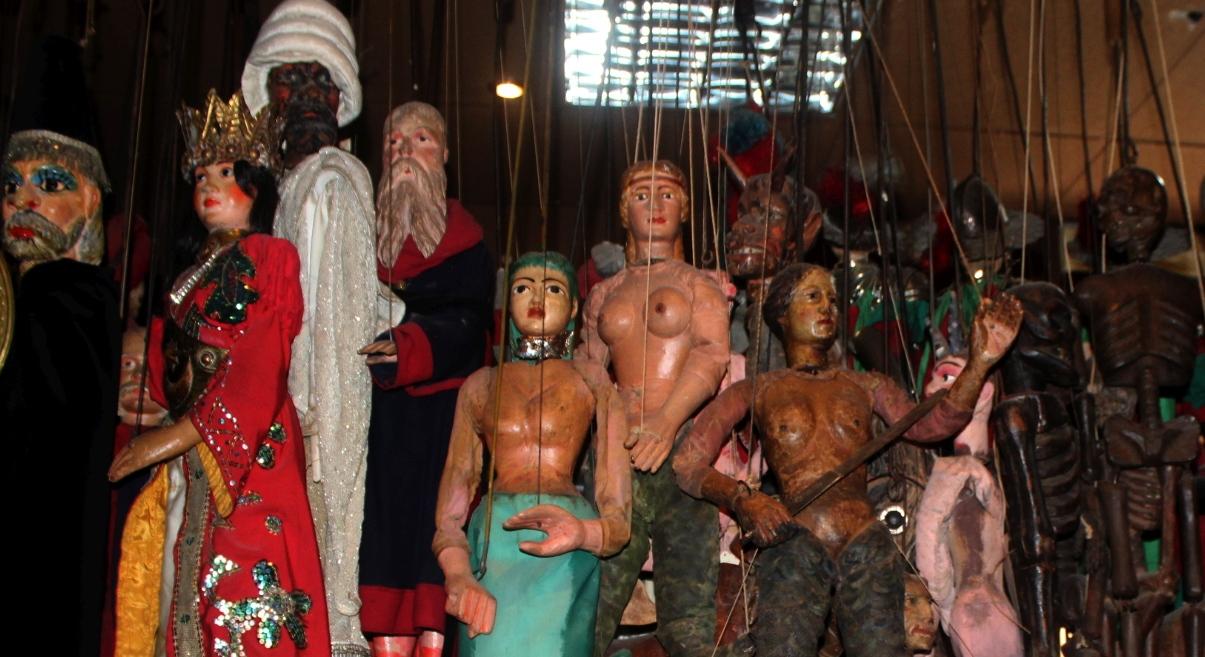Nixen und Monster, Marionetten-Museum