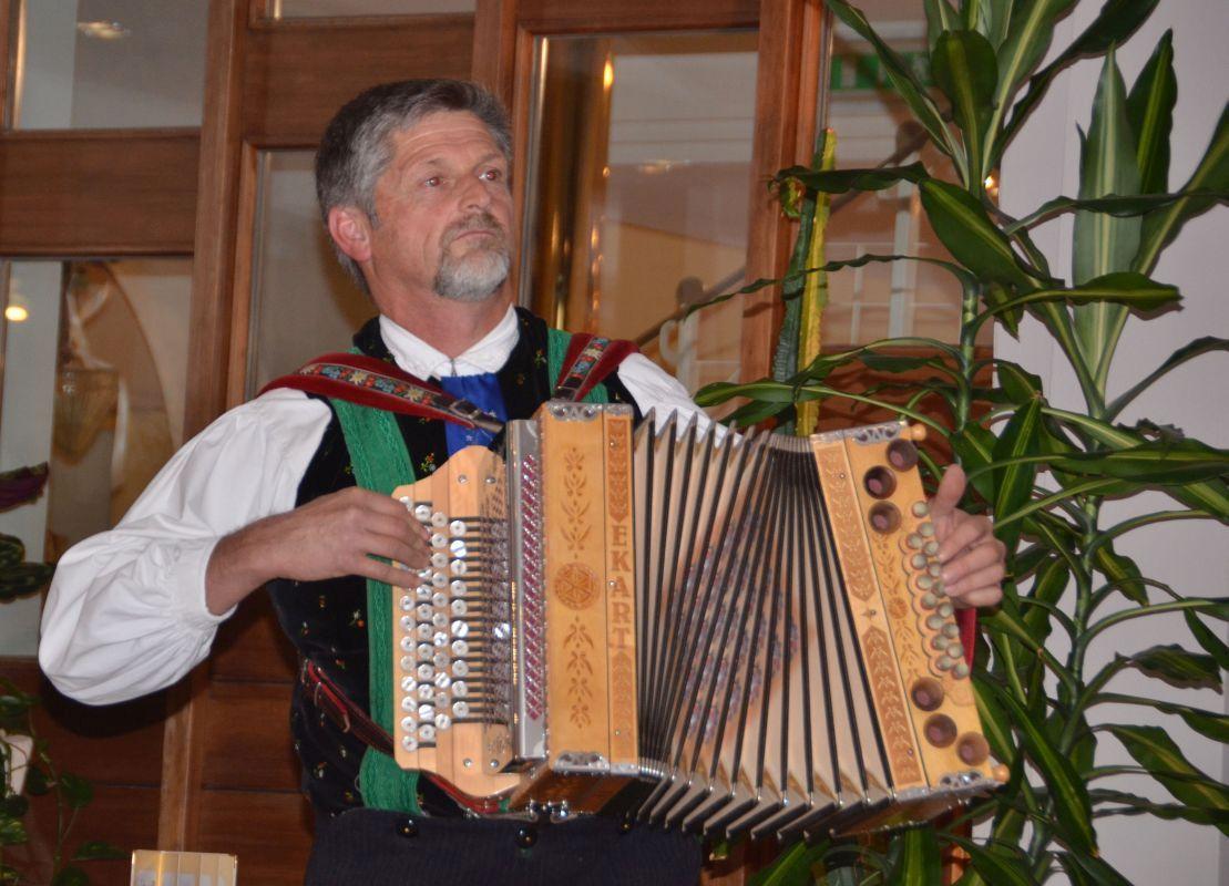 Algund-Hotel-Wiesenhof-Elvira-Dippoliti (11)