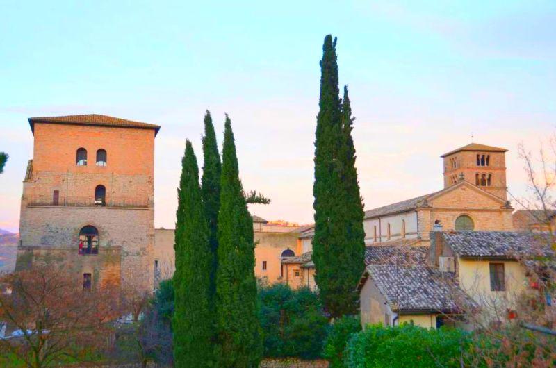 Von den Heiligtümer um Rieti zur Abtei von Farfa mit dem Fahrrad