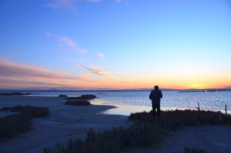 Trinitapoli, das Mysterium der Hypogäen und ein Sonnenuntergang auf den Meerwassersalinen