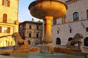 Assisi, Piazza Grande