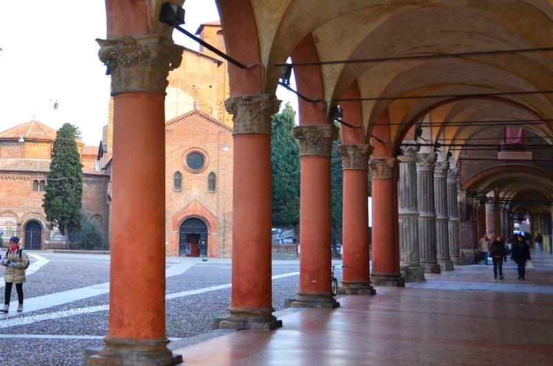 """Bologna: Die """"Terrakotta-Stadt""""."""