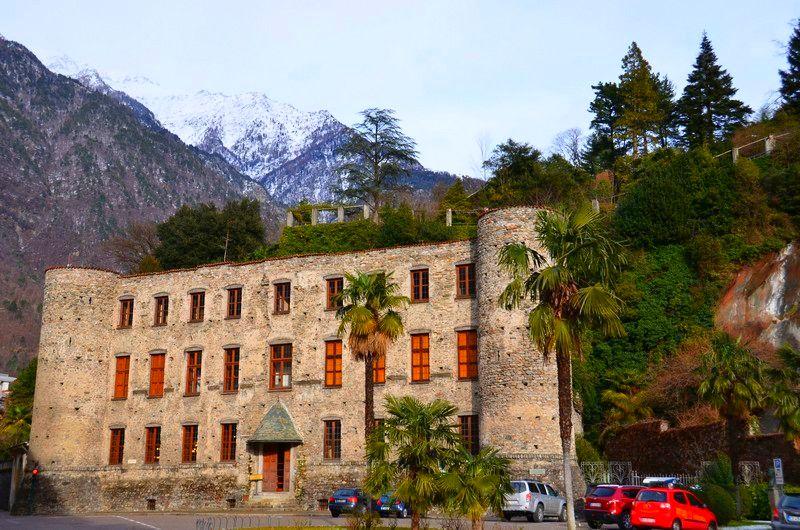 Chiavenna, eingerahmt von den Bergen des gleichnamigen Tals