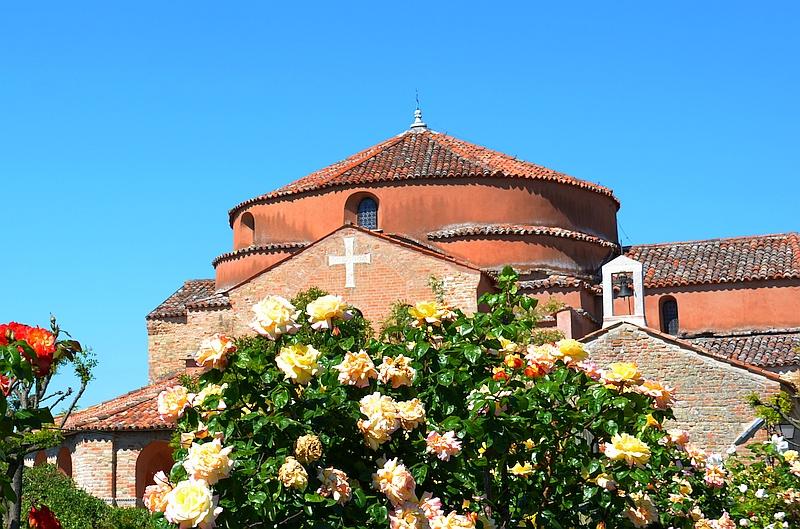 Insel Torcello: das Venedig, wo man die Vögel zwitschern hört