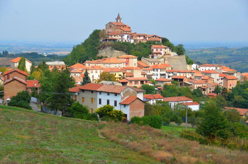 Piemont: Weinbaugebiet Colli Tortonesi