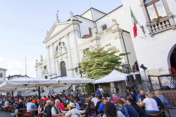 Friaul, ein Fest für den San Daniele-Schinken