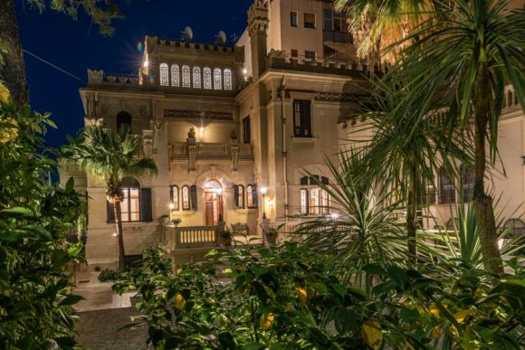 """""""Vittoria House of Charme"""" in Messina"""