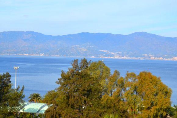 Grand Hotel Excelsior, Zimmer mit Aussicht auf die Meerenge von Messina