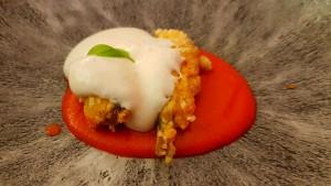Frittierten Sardellen, Tomaten, Käsecreme